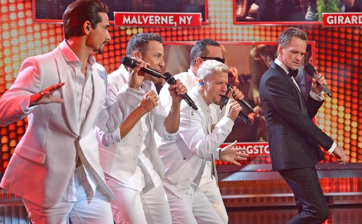 Neil joins the Backstreet Boys on stage during Sing Along Live